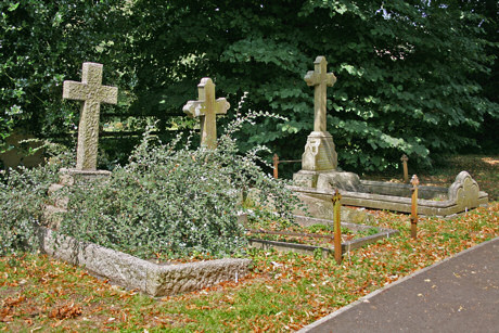 Barling Family Group of Headstones