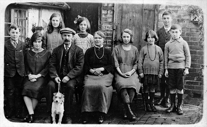 Henry Thomas Carrier's Family Group